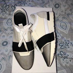 Balenciaga runner sneakers size 40